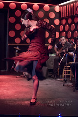 Baila guapa ! (Andrea Rapisarda) Tags: barcelona show red music motion hot rouge 50mm donna mujer spain nikon ballerina femme dancer musica passion rosso flamenco spagna caliente ballo spettacolo d800 passione allrightsreserved tarantos