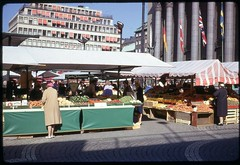 Htorget Farmer's Market, Stockholm, 1967 (Rob Ketcherside) Tags: farmersmarket sweden stockholm 1967 1960s kodachrome haymarket fruitstand htorget hotorget kungshallen