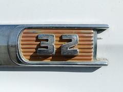 32 (Jef Poskanzer) Tags: t apache 32