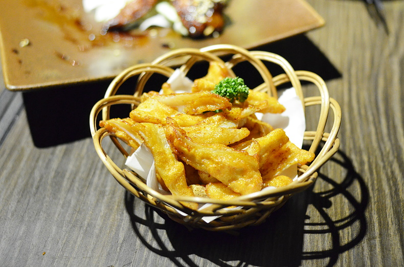 鯨吞燒地雞料理赤崁支店/雞肉料理專門‧台南