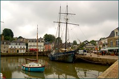 Auray, France (Thierry1949) Tags: auray france bretagne stgoustan port nikond50