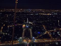 Paris bei Nacht (schremser) Tags: frankreich paris eiffelturm toureiffel aussicht nacht trocadéro