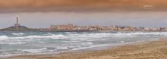 (185/17) Tarde de viento (Pablo Arias) Tags: pabloarias photoshop photomatix nxd españa cielo nubes arquitectura playa mar agua costa mediterráneo faro pueblo viento cabodepalos murcia lamanga