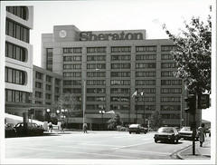 The Sheraton Hotel, Auckland (Archives New Zealand) Tags: archivesnewzealand archives archivesnz auckland aucklandregion aucklandcity nationalpublicitystudios northisland newzealand newzealandhistory nz nzhistory history hotel sheraton 1984