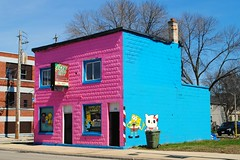 Brew City Barbering, Milwaukee (Cragin Spring) Tags: barber brewcitybarbering brewcity bright colors pink spongebob building milwaukee milwaukeewi milwaukeewisconsin wisconsin wi urban city unitedstates usa unitedstatesofamerica