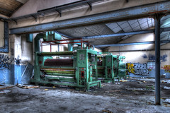La mondialisation (urban requiem) Tags: machines urbex urban exploration urbanexploration urbanrequiem verlaten verlassen abandonné abandoned lost old decay derelict hdr 600d 816 sigma elsass france usine factory usinesm blanche neige blancheneige usineblancheneige