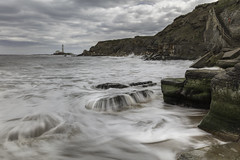 Hartley Bay Seascape (Ellieslion) Tags: whitleybay hartleybay ellieslion seatonsluice seascapes sea water waves