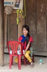 -c20160915_810_1146 (Erik Christensen242) Tags: tângrang đắklắk vietnam vn girl schoolgirl homework street babysitter face