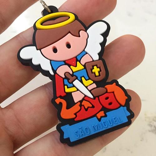 Olha que chaveiro lindo! Parece personagem no MÁRIO BROS ❤️ mas é São Miguel! ❤️ adorando a gameficação RsRsRs😀