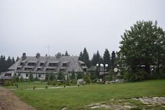 Kopaonik (Serbia) (avasic) Tags: vegetación vegetation hotel árboles trees kopaonikmoutain montaña geografíafísica physicalgeography