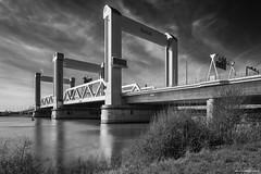 Botlekbrug (Rens Timmermans) Tags: canon5dmk3 tamronsp2470mmf28 bruggen rijnmond blackwhite niksilverefexpro nationalgeographic