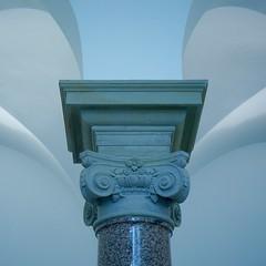 column (judydeanclasen) Tags: mono indoors blue k21 column museum