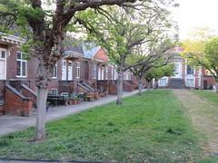 UK - London - Stepney Green - Trinity Green Almshouses (JulesFoto) Tags: trinitygreenalmshouses uk england london clog centrallondonoutdoorgroup stepneygreen