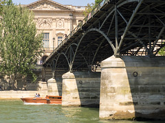 day twenty-six: bateaux mouches (dolanh) Tags: seine france pontdesarts rivercruise bateauxmouches river boatride bateaumouche watertaxi boatcruise paris