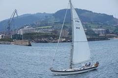 IMG_1242_1 (Pablo Alvarez Corredera) Tags: xixon gijon mar orilla puerto rocas roca zul azules cielo velero ojo pez efecto