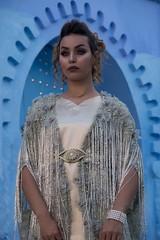 Moroccan beauty (ramosblancor) Tags: humanos humans retrato portrait chica girl guapa bella beauty cute modelo model modelling traje costume puerta door azul blue chefchaouen marruecos morocco humannature naturalezahumana árabe arabic