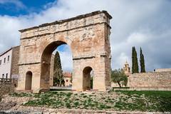 Arco Romano (cvielba) Tags: puebloconencanto arco medinaceli romano soria