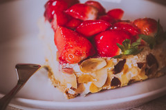 Strawberry cake ({Quantumcat}) Tags: stilllife food cake strawberries plate fork canoneos60d tamron18270mmf3563