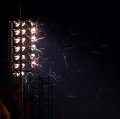 Casa cheia (Tiago*) Tags: dark noite luzes estádio