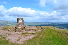 Skirrid Fawr (Paula J James) Tags: mountain mountains southwales wales day cloudy summit herefordshire welsh hereford nationaltrust blackmountains abergavenny skirrid mendips monmouthshire holymountain theskirrid skirridfawr ysgrydfawr
