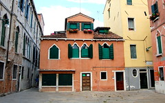 Venezia (loungerie) Tags: venice orange house building architecture casa edificio venezia architettura