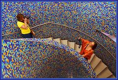 Double click (Ciao Anita!) Tags: friends netherlands museum stairs spiral colours mosaic nederland photographers mosaico staircase scala museo groningen colori trap olanda spiraal fotografi groningermuseum kleuren mozaïek fotografen haagsehopjes spirallo