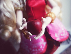 Apple's apple. (Liv4Ever) Tags: white snow cute apple monster fairytale high doll daughter books lolita after stories ever ea eah ipiccy everafterhigh