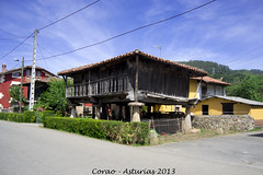 Panera en Corao (iSchumi) Tags: rural nikon cereal asturias panera cangas onis corao d3100