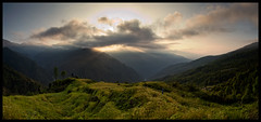 sunrise from tashigaun (doug k of sky) Tags: nepal camp panorama trek river landscape panoramic valley himalaya base arun makalu barun tashigaon tashigaun
