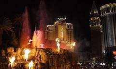 Mirage Volcano, Las Vegas (Kronemans) Tags: usa volcano lasvegas nevada casino venetian thestrip palazzo usa2013
