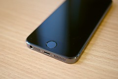 iPhone 5S (Janitors) Tags: port 35mm jack audio headphone fingerprint iphone 5s headphonejack fingerprintscanner headphoneport iphone5s appleiphone5s touchid headphone35mm