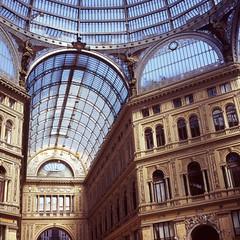 Galleria Umberto I (Superlekker) Tags: italy 120 italia velvia napoli fujifilm umberto galleria hasselblad500cm