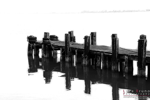 "Pontile • <a style=""font-size:0.8em;"" href=""http://www.flickr.com/photos/49106436@N00/11133927454/"" target=""_blank"">View on Flickr</a>"