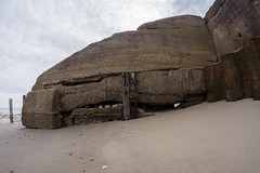 Sagging Sea Wall (Rupert Brun) Tags: sea beach broken wall concrete warren cracked thewarren groin folkestone the shuttering