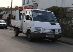 Renault Trafic Pickup (occama) Tags: p118log renault trafic pickup 1997 old cornwall uk french bangernomics truck camionette