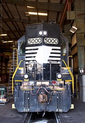 SOU 5000 at Chattanooga, TN (KD Rail Photography) Tags: ns transportation trains gp382 diesellocomotive diesel highhood electricmotivedivision tennessee chattanooga tennesseevalley tennesseevalleyrailroad southernrailway sou5000 locomotive
