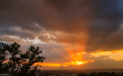 rayos solares (guilletho) Tags: sunset sunrays clouds landscape sun escenery mountains paisaje atardecer resplandor canon mexico iztacihuatl