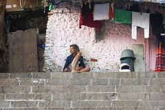 Banganga Tank citizen - Mumbai (DecaFlea) Tags: india bombay mumbai colorful color colors exploring explore asia travel travelling banganga tank people street sony