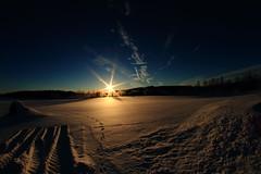 Morning sun_2017_02_26_0010 (FarmerJohnn) Tags: sun rise sunrise snow lumikenttä auringonnousu taivas sky morning aamutaivas taivaanranta pilvet clouds colors colorfull värikäs taivi winter february helmikuu suomi finland laukaa valkola anttospohja canon7d samyang8mm35umcfisheyecsii fisheyeview canon 7d juhanianttonen