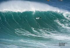 TOM LOWE / 3673HJS (Rafael González de Riancho (Lunada) / Rafa Rianch) Tags: nazaré olas waves ondas water surf surfing portugal mar sea deportes sports vagues nazare サーフ サーフィン オーシャン スポーツ 海岸 leonardomaia 海の沿岸をサーフィンスポーツ 自然 海 ポルトガル heʻe nalu palena moana haʻuki kai olahraga laut pantai alam
