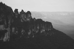 Ease (Swebbatron) Tags: australia 2008 travel bluemountains scenicworld threesisters katoomba newsouthwales blackandwhite mono radlab gettotallyrad lonelyplanet fuji landscape