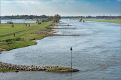 IJssellandschap (Hans van Bockel) Tags: 1024mm 50mm bridge bridges bruggen d7200 deventer hansvanbockel ijssel lente lightroom nef nikon photoshop raw river rivier ruimte uiterwaarden voorjaar walk wandeling ijssellandschap