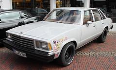 Malibu Classic (Schwanzus_Longus) Tags: delmenhorst german germany us usa america american old classic vintage car vehicle sedan saloon chevy chevrolet malibu