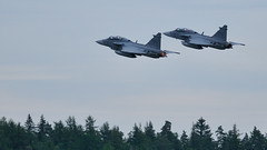 Gripen (Arndted) Tags: saabinthesky saab39gripen saab39 saab gripen jas39cdgripen jas39gripen jas39 jas swedishairforce sweden airforce flygvapnet sverige försvarsmakten försvarsmaktensflygdagar2016 flygdagarna2016 flygdagarna malmen rote afterburner flygplan flight flying aircraft airshow airplane aviation nikon d300s sigma ex100300f4 jet fighter