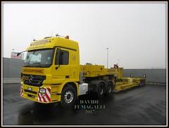 Mercedes-Benz Actros 3355 (DaveFuma) Tags: mercedes benz actros 3355 autocarro trattore stradale mezzo opera eccezionale bertoja truck lorry wide load schwertransporte lkw