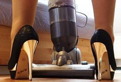 Anjas Laminat-Killer in sexy High Heels und Seidenstrümpfen (My Sexy Shoes) Tags: sexy erotisch highheels anja baffour 50 sheets crossfire