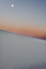 Moon rise over White Sands (冬梦) Tags: moonrise whtesands