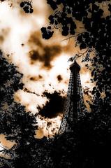 Dark Paris. By J. Sanchez (jmsanchez94) Tags: paris îledefrance france lasvegasnevada sonya99