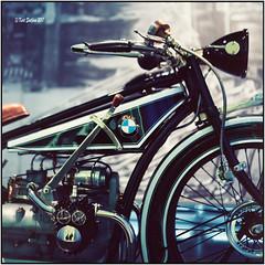 BMW R32_A dream of a bike_Rolleiflex 3.5B (ksadjina) Tags: 6x6 bmwmuseum boxer c41 carlzeisstessar35 germany kodakektar100 münchen nikonsupercoolscan9000ed rolleiflex35b silverfast analog film scan vividcolors bmwr32
