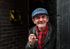 Andy (Charles Hamilton Photography) Tags: glasgow glasgowcharacter streetportrait people peopleinthecity characterstudy colourstreetportrait citycentre unionstreet glasgowstreetphotography nikond750 50mm naturallight primelens doorway graffiti smoking charleshamilton